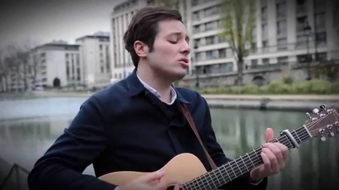 """Vianney interprète """"On est bien comme ça""""  pour Franche connexion - TV5MONDE"""