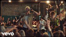 Machine Gun Kelly, YUNGBLUD, Travis Barker - I Think I'm OKAY [Official Music Video]