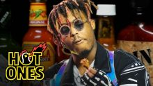 Juice WRLD Eats Spicy Wings LIVE | Hot Ones