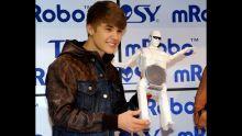 Justin Bieber CES 2012: Debuts Dancing Robot 'TOSY'!