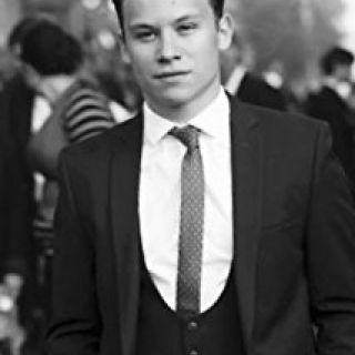Finn Cole
