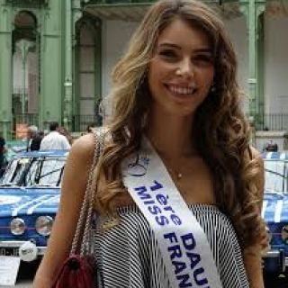Eva Colas