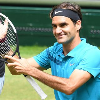 Roger Federer Clothes Outfits Brands Style And Looks Spotern