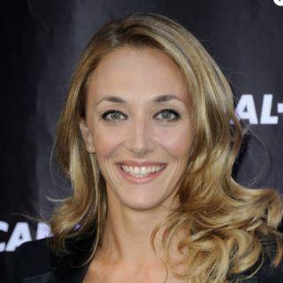 Laurie Delhostal