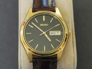 Details about  Vintage SEIKO 7N43 Gold Tone Men's Watch w/Date/Day & Black Dial