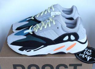 Adidas Yeezy Boost 700 Wave Runner Og Gris Noir Orange B75571 UK 11.5 US 12 NEW | eBay