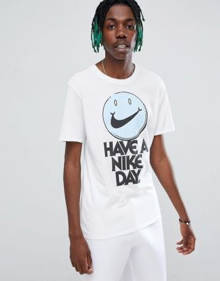 Tshirt Have a Nike day
