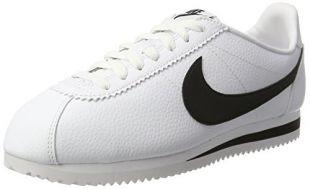 Les chaussures Nike de Steve Harrington (Joe Keery) dans