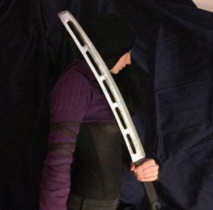 Hawkeye Ronin Avengers finale épée   en Stock prêt à l'expédition