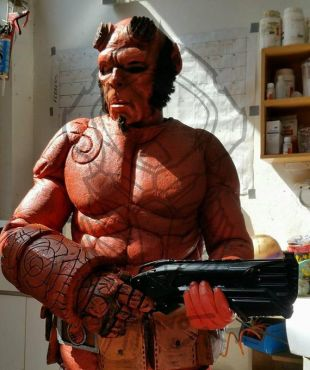 Cosplay Costume HellBoy