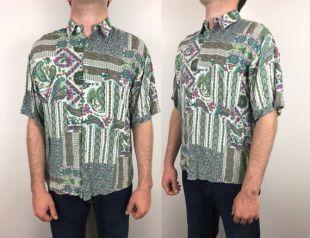 Bouton imprimé floral vers le bas de la chemise à manches courtes vintage abstrait imprimé, vibes street style 1990