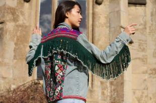 Vente article embelli veste en Jean, Denim bordées de veste, veste Festival Boho, Unique veste en Jean, veste Boho, Up cycle Jacket