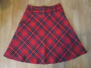 H&M rouge & noir tartan/carreaux une ligne jupe