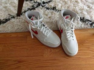 The Nike Air Jordan 1, Dwayne Johnson in No pain No Gain