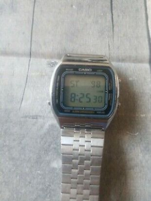 "Vintage CASIO ""BLUE THUNDER 'AA-85 (103) Digital Watch 1980"