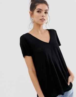 Asos v neck t shirt with short sleeves in black