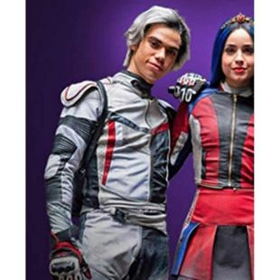 The Jacket Of Carlos Cameron Boyce In The Film The Descendants 3 Spotern
