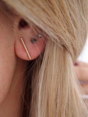 Au Grenier d'Anais - Boucles d'oreilles trait barre puces plaqué or 750