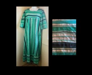 Vintage 70's Green Stripe Seersucker Cotton Summer House Robe - Piscine - Festival Boho Hippie Maternity Large Extra Large L XL