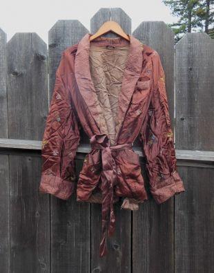 70s vintage brodé robe fumante veste matelassée accents / lounge wear lingerie rétro glam Chinese Asian motif / boho hipster élégant M L
