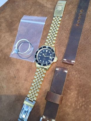 """Vintage """"Wolf of Wall Street"""" 18k SS TAG Heuer 984.013 Professional 1000 Watch"""