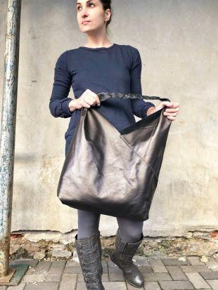Oversized leather hobo bag,  Metallic soft leather overnight bag, Slouchy large shoulder bag, Unique Large Leather Shopper