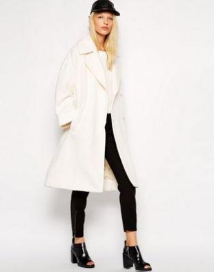 Oversized Coat in White