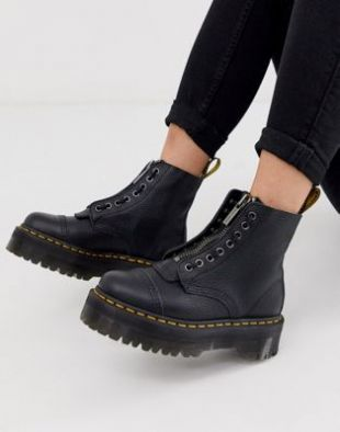 Dr. Martens Sinclair Leather Boots In Black of Andrea Belver