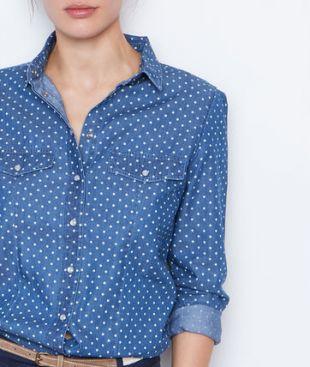 La chemise bleue à pois de Lydia Martin (Holland Roden) dans Teen Wolf