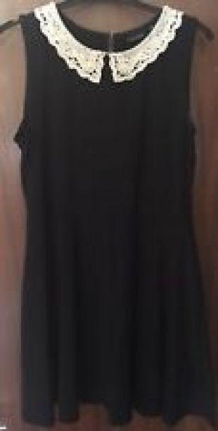robe noir col blanc taille 44