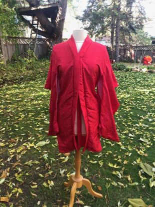 Red Satiny Kimono Robe Wide Sleeves Asian Traditional Kimono Sleeve Boho Lounge Japanese Oriental Valentines Day Made in USA Taille 6