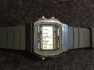 Brand New vintage F-91W Casio montre-bracelet numérique