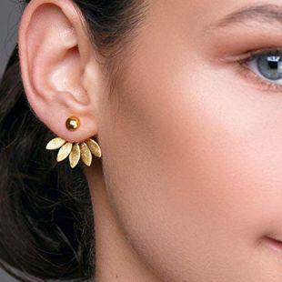 Boucles d'oreilles fleur en argent 925 faites à la main par Emmanuela, boucles d'oreilles veste avec des feuilles, bijoux floraux boho chic avant et arrière boho chic impressionnant ear jacket