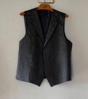 Mens Waistcoat vintage Grey Waistcoat Mens Formal Wear Classic Silver Grey Vest Shiny Gray Waistcoat Steampunk Gentlemen's Vest Medium Large