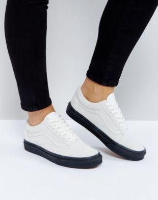 The pair of Vans Old Skool white black sole worn by Summer ...