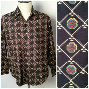 "Vintage Hommes 1970Van Heusen Black Geometric Print Long Collar Disco Shirt Large to XL 47"" Chest"