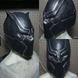 Masque en latex noir panthère
