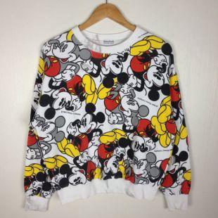 Rare!! Vintage des années 90 MICKEY MOUSE toute impression Walt Disney Mickey Warner Bros Pullover Sweatshirt moyenne taille de la famille