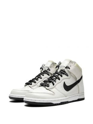 Nike Air Flight Lite High shoes worn by Sidney Deane (Wesley