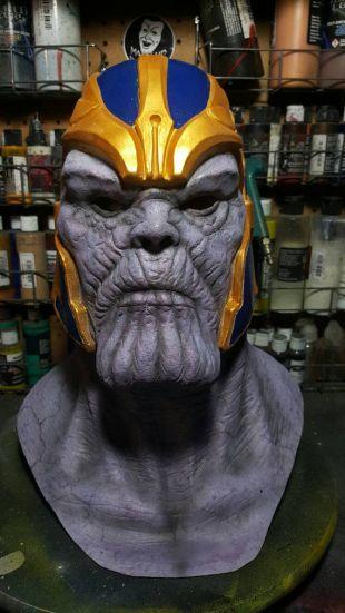 Le masque en latex destroyer