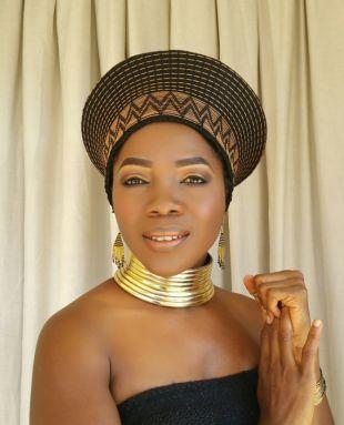 Ring/chokers(Idzila) traditionnel de Ndebele tour de cou en or ou en argent avec expédition accélérée avec DHL