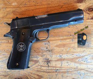 Avengers Black Widow Shield 45 Cal. Pistol, Non-Firing Props (In black)