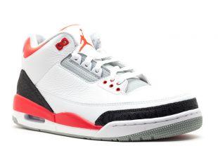 Les sneakers Nike Jordan Retro 1 de Kagami dans Kuroko's