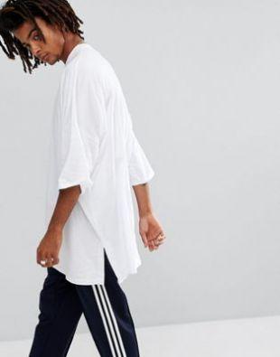 ASOS   T shirt très long super oversize avec fentes sur les côtés   Blanc at asos.com