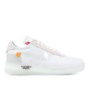 Les sneakers Nike Blazer mid x Off white vues sur le compte