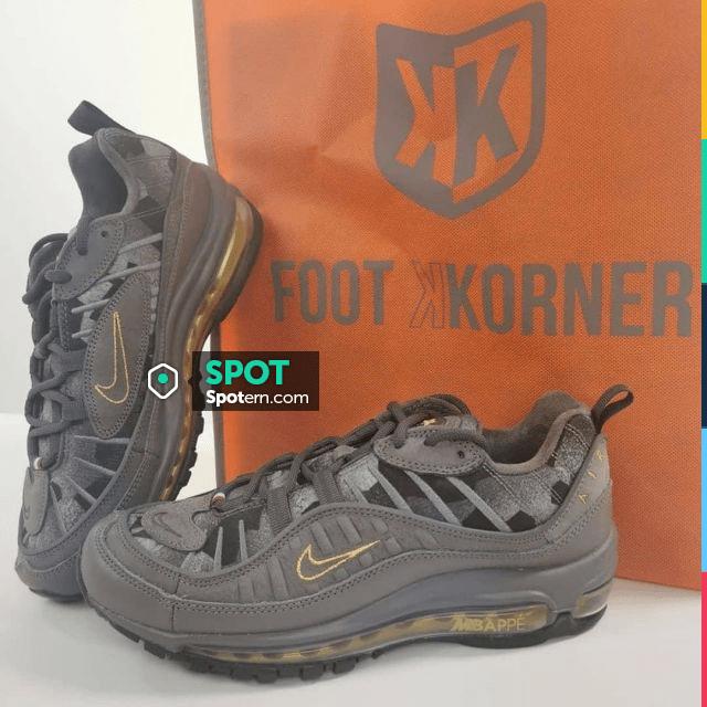 Shoes on the account Instagram of @footkornerqwartz   Spotern