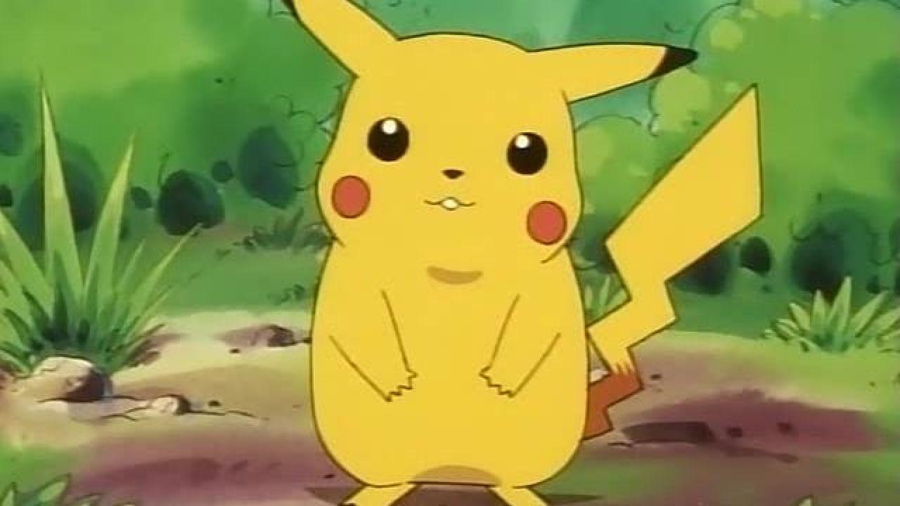 Un Pikachu en peluche