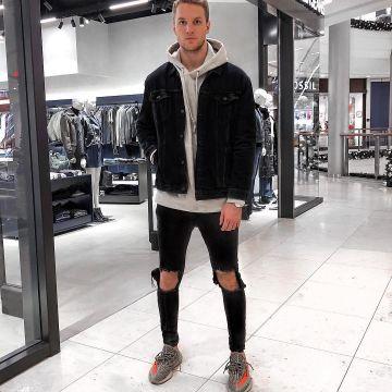 yeezy 350 beluga outfit Shop Clothing