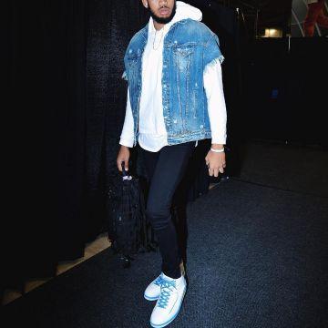 sale retailer c3128 50241 The Sneakers Air Jordan 2 Retro