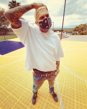 Chris Brown Clothes Outfits Brands Style And Looks Spotern